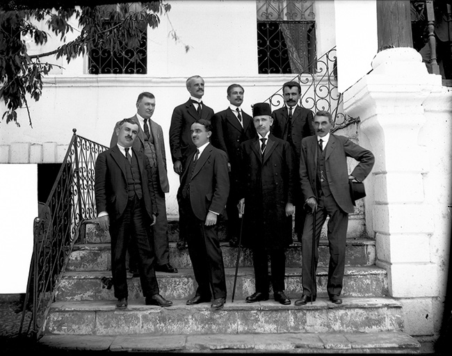 1921 qeveria vrioni 1921